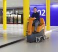 Maszyna czyszcząca samojezdna TASKI swingo 2500